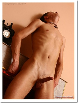 Enigmatic boy-model Jeremy-106