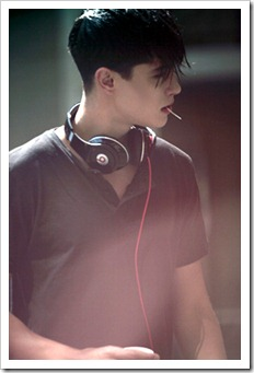 More_twinks_with_headphones-gayteenboys18 (23)