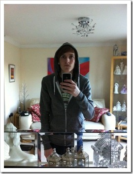 Teen_boys_in_hoodies (11)