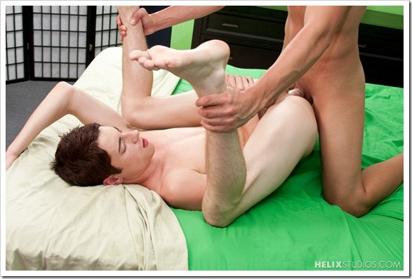 Aaron_and_Alex_Fratboy_Bang (11)