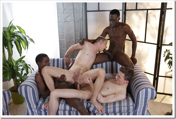 nasty-white-boys-get-blacked (10)