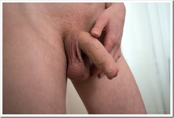 Gay-boy-Xavier-19Nitten (15)