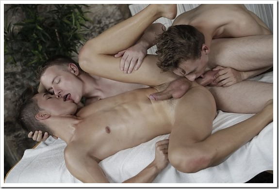 Gay-Teens-Gang-Bang (9)