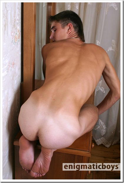 handsome-gay-twink-enigmaticboys (12)